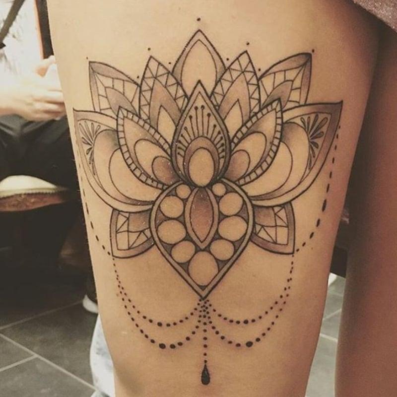Tätowierung Lotusblume stilvolle Darstellung