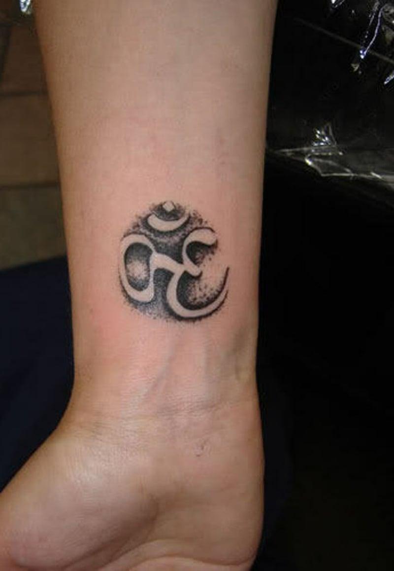 Aum Tattoo Bedeutung