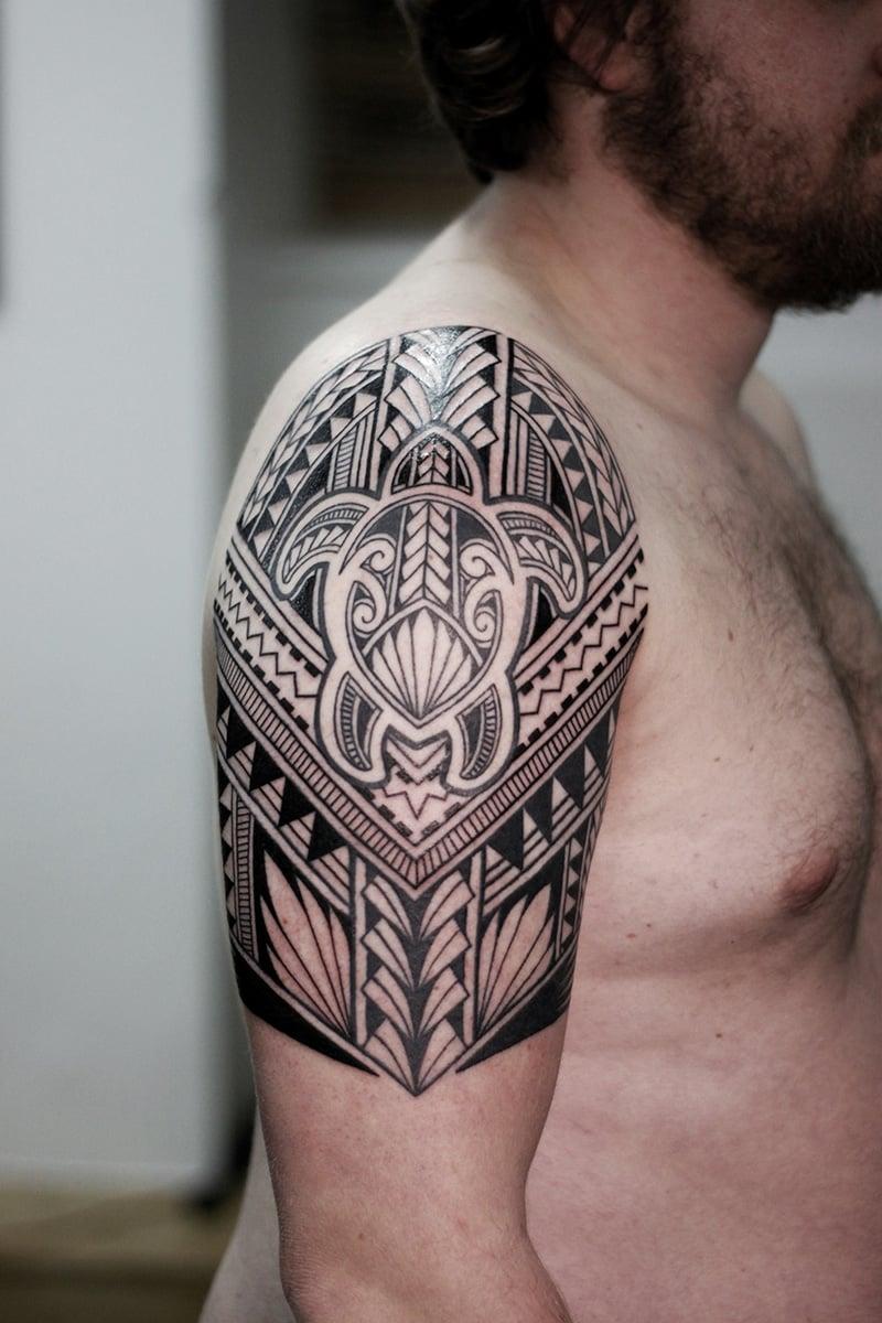 Turtle Tattoo polynesian komplizierte Muster