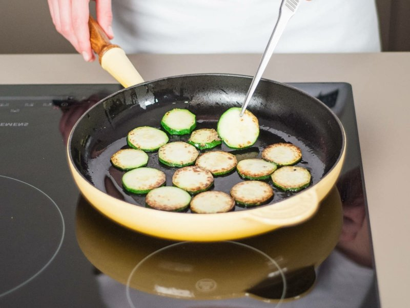 leckere Rezepte Zucchini anbraten