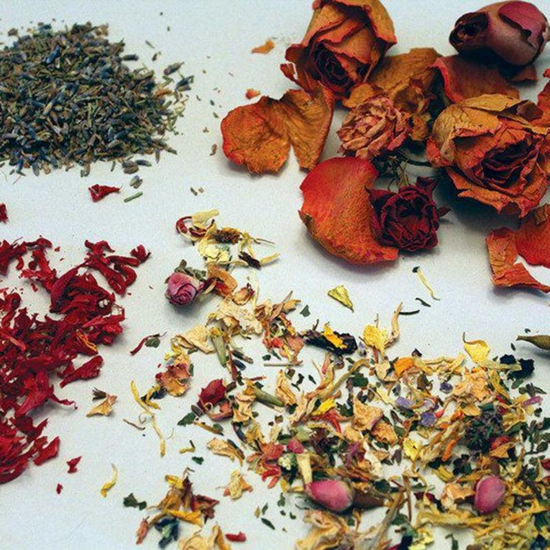 Zutaten aromatisch getrocknete Blütenblätter