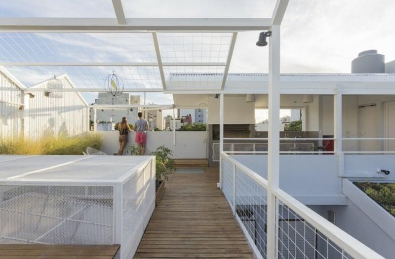 Dachterrasse sparsam gestalten