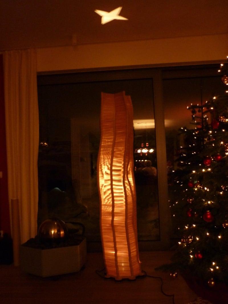 originelle Stehlampe sehr hoch