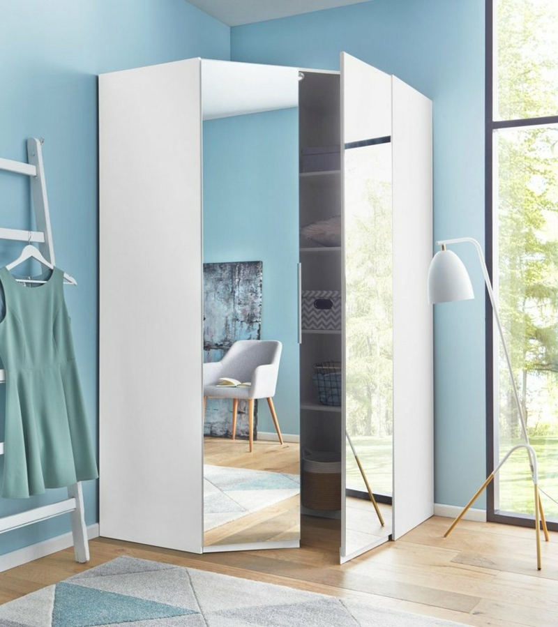 weißer Kleiderschrank mit Spiegeltüren