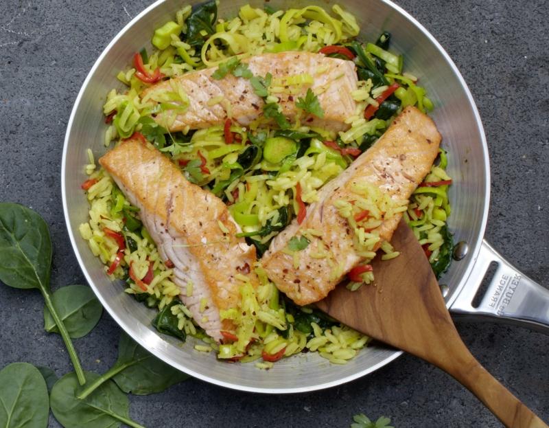 Gemüsepfanne mit Fisch lecker gesund