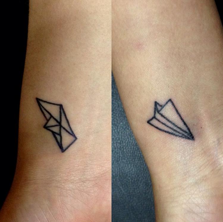 Partner Tattoos Origami herrlicher Look