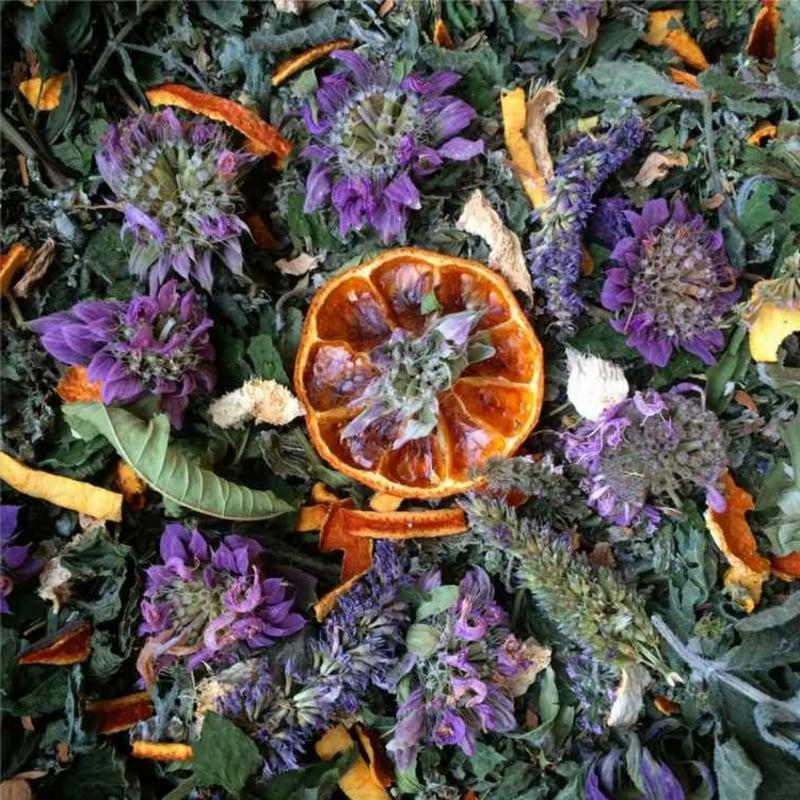 Raumduft machen orange Lavendel getrocknete Blüten