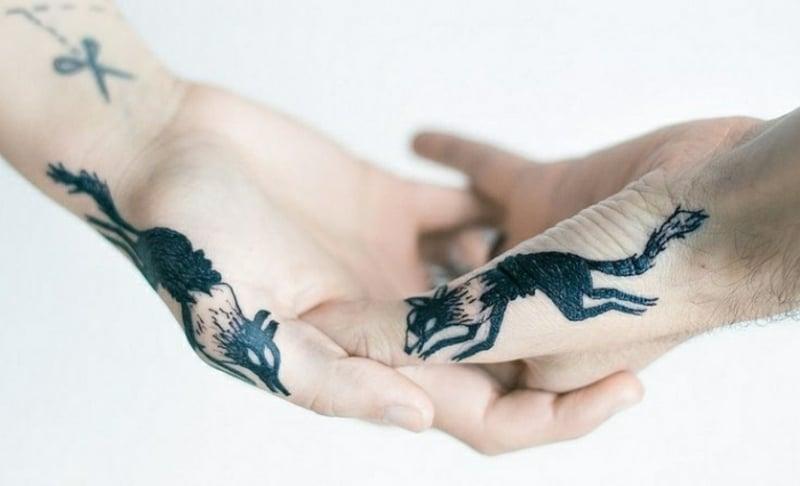 tolle Tätowierungen Paare Füchse