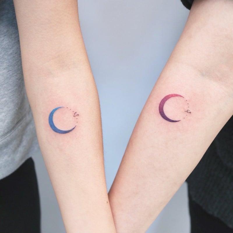 Partner Tattoos Halbmond und Stern