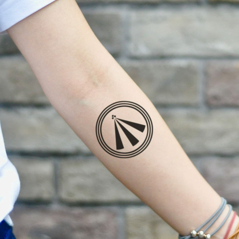 keltische Symbole Awen Tattoo