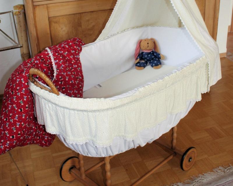 Babybett auswählen hilfreiche Tipps