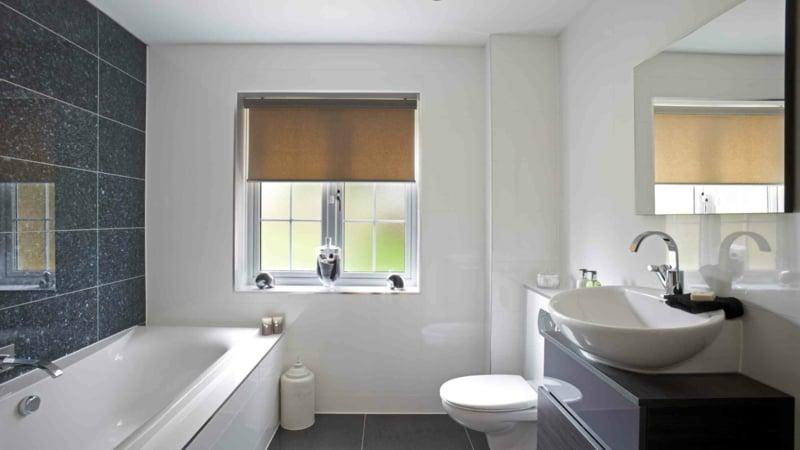 Badfenster Sichtschutz auswählen