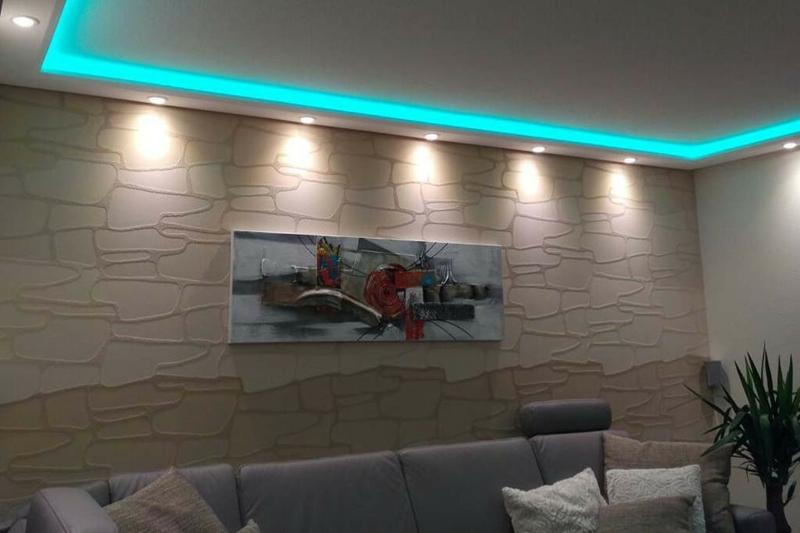 indirekte Beleuchtung Decke Akzentleuchten blaue LED Streife
