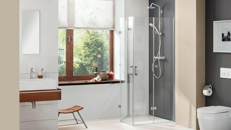 Dusche vor Fenster Vorteile