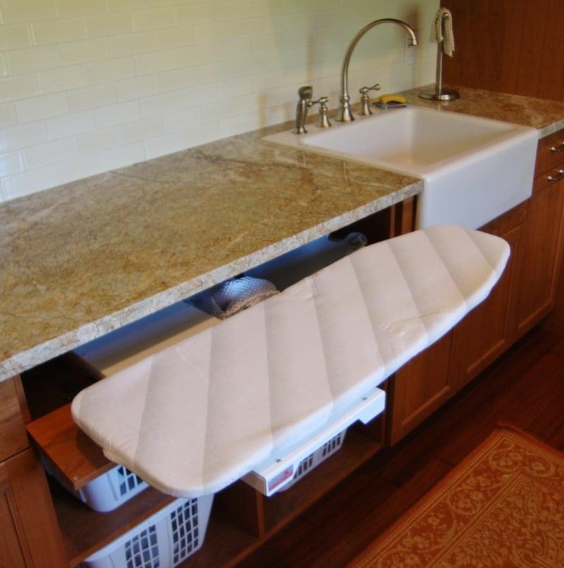 Küchenschrank Bügelbrett schlaue Idee