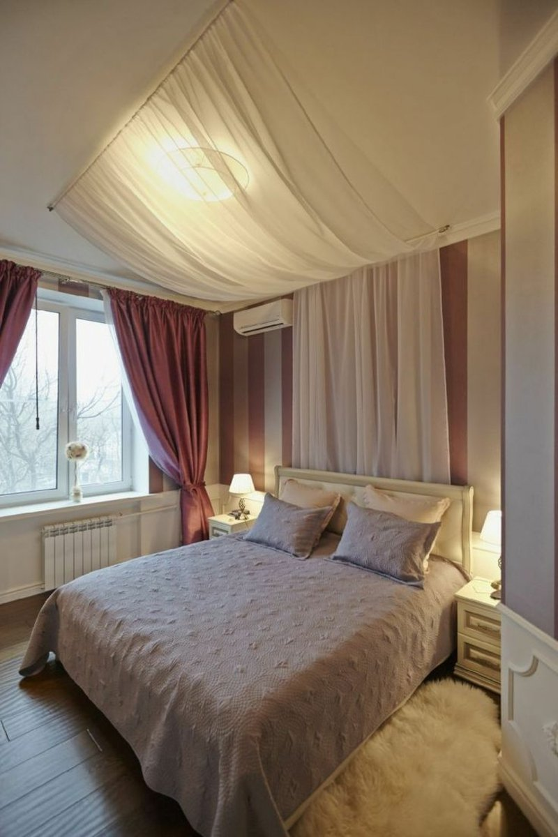 Schlafzimmer mit Himmelbett cool