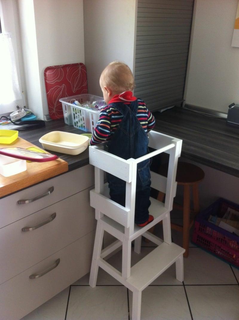 Lernturm selbst gestalten für Kleinkinder