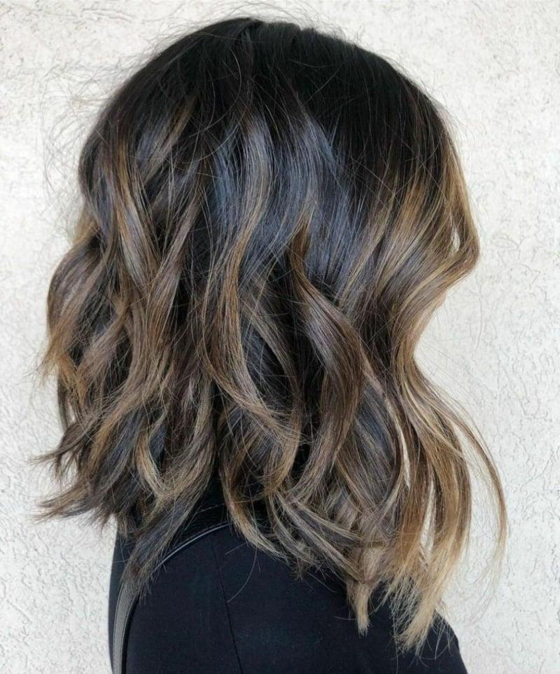 Frisuren für dünnes Haar welliger Long Bob