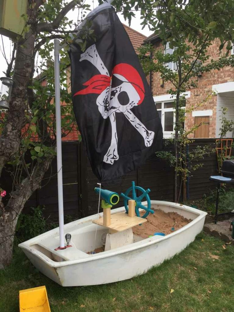 Sandkasten DIY Piratenschiff originell