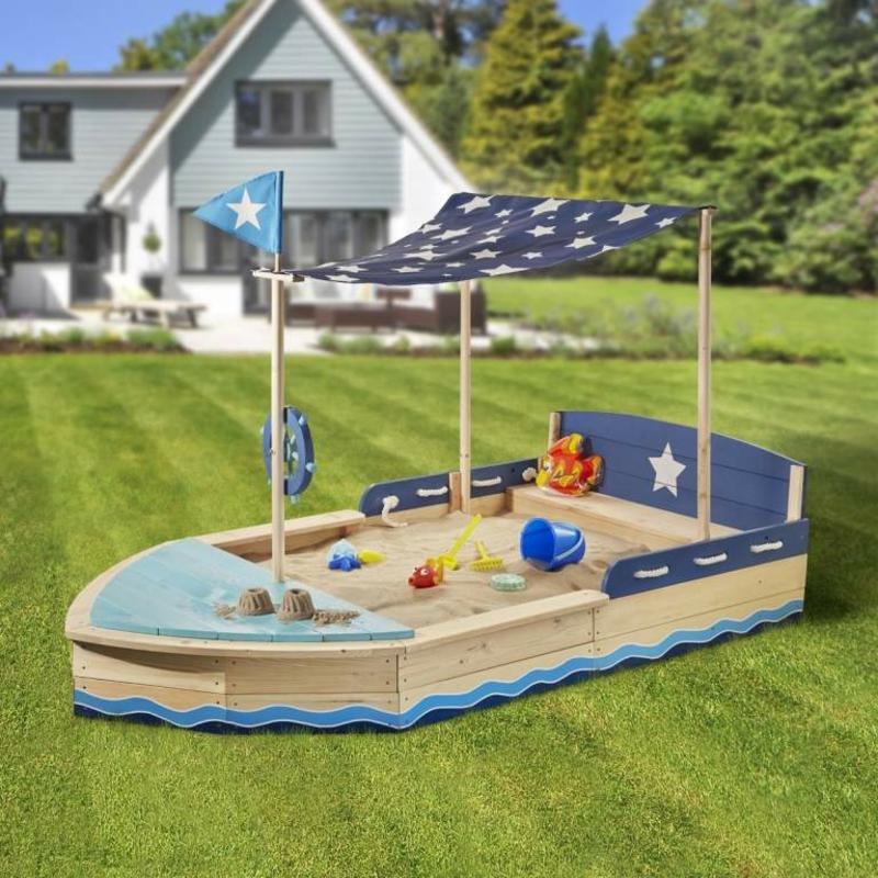 Sandkasten selber bauen Piratenschiff