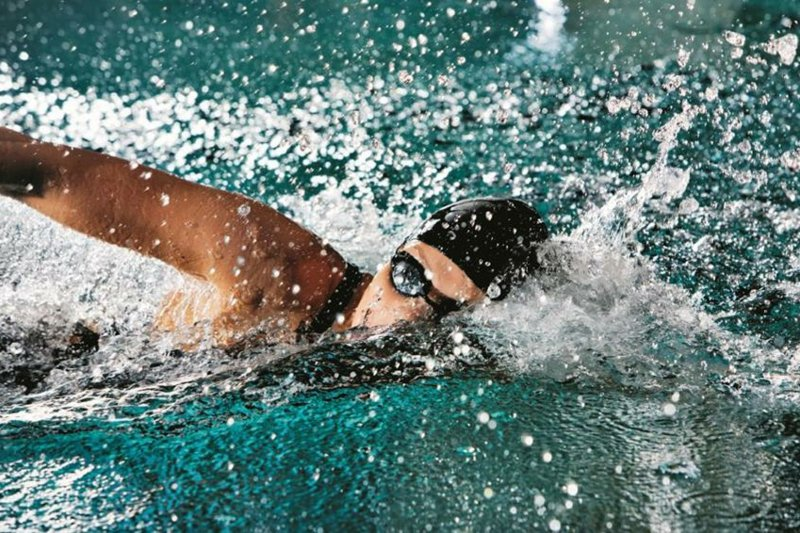 Schwimmen Kalorien verbrennen