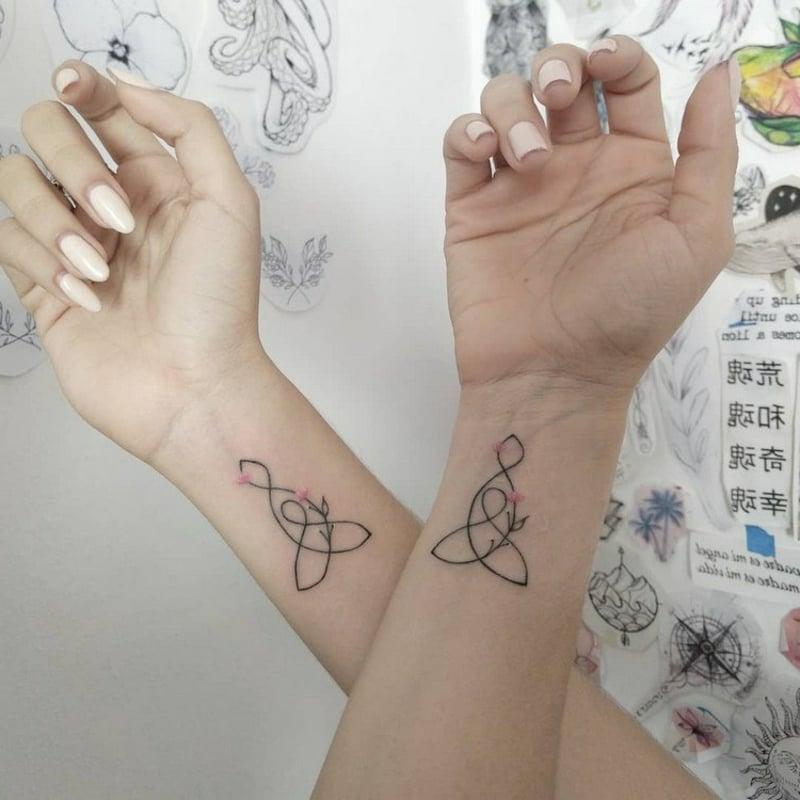stilvolle Tätowierungen Handgelenke