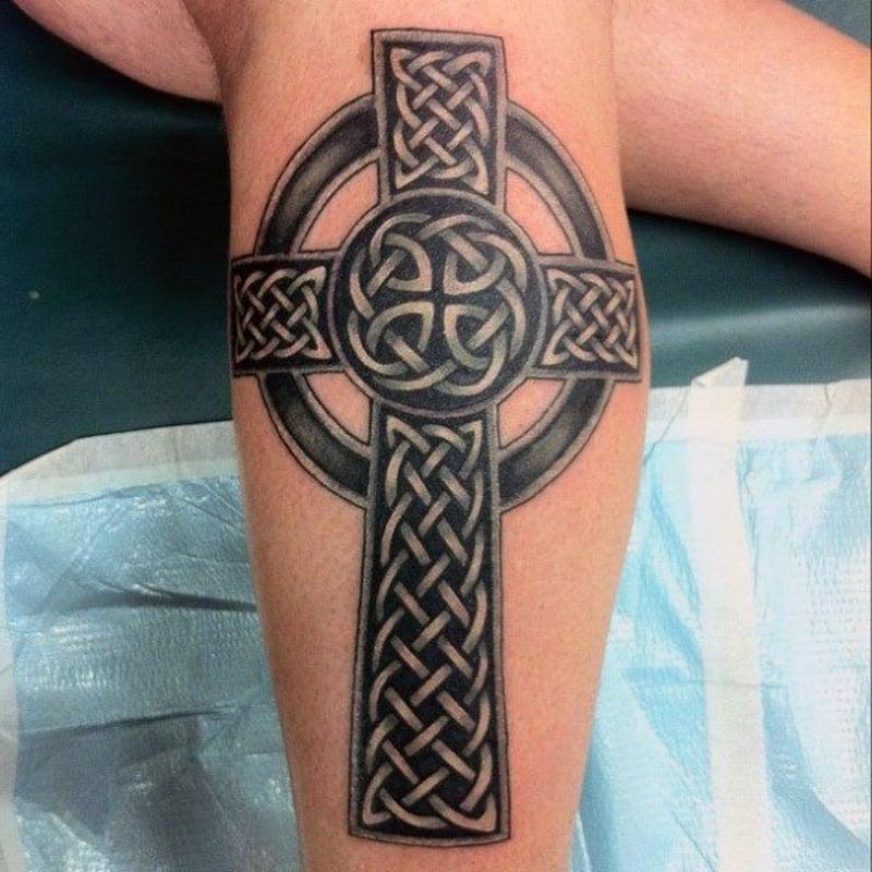 keltisches Kreuz Tätowierung