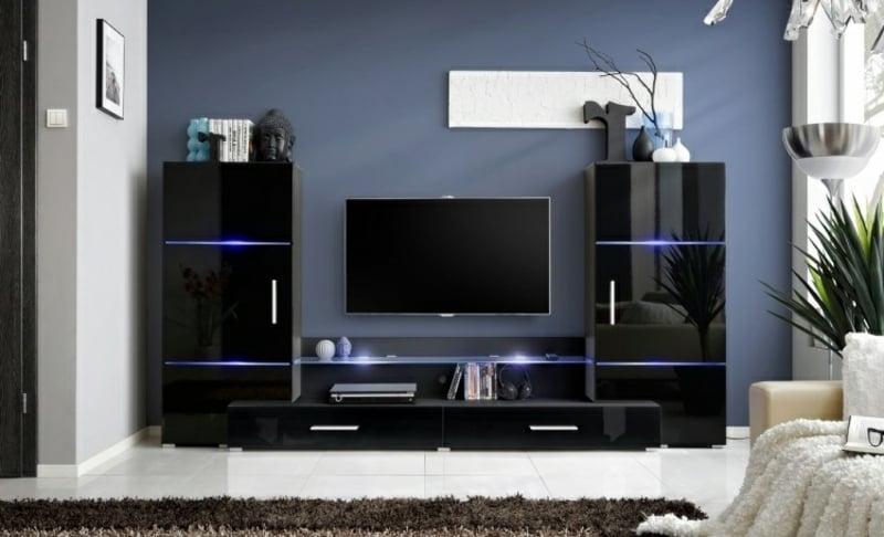 schwarzer Schrankwand mit integrierter LED-Beleuchtung
