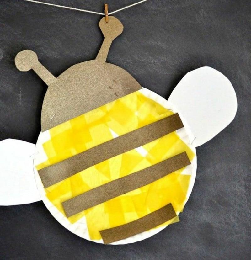 Biene machen mit Kleinkindern Pappteller