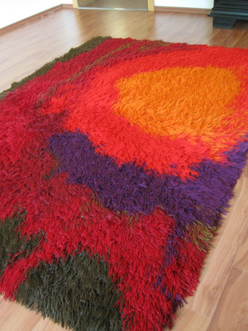 bunter Teppich flauschig