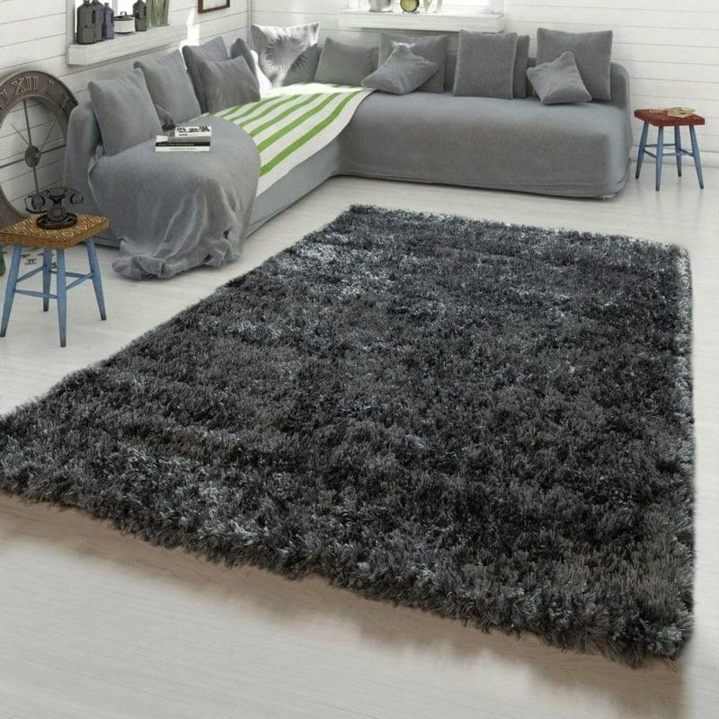 grauer Teppich besonders weich