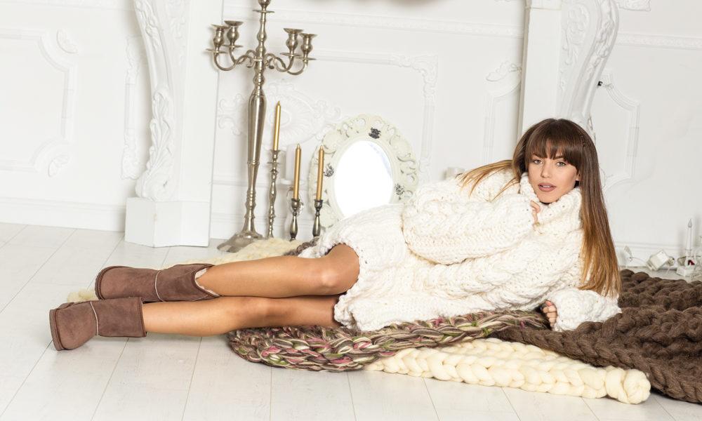 Ausgefallenen gestrickte Pullover in weiß
