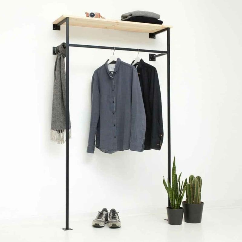 offener Kleiderschrank Industrie Look