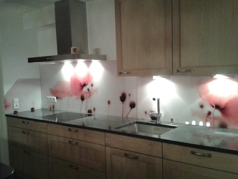 Wandpaneele Küche Akzentbeleuchtung