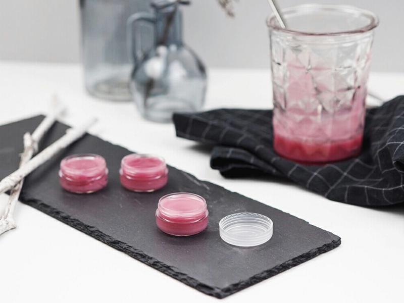 Lippenbalsam mit Rosenöl selber machen