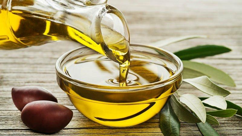 Lippencreme selber machen mit Olivenöl