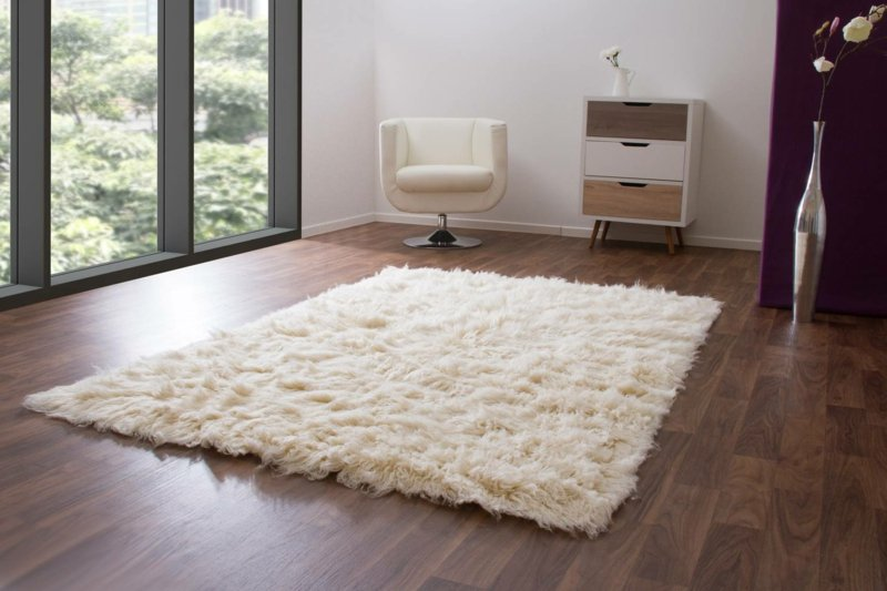 Flokati Teppich Blickfang im Raum