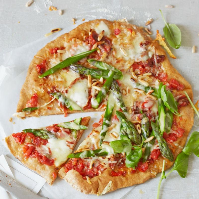 Pizza mit Spargel Rezept