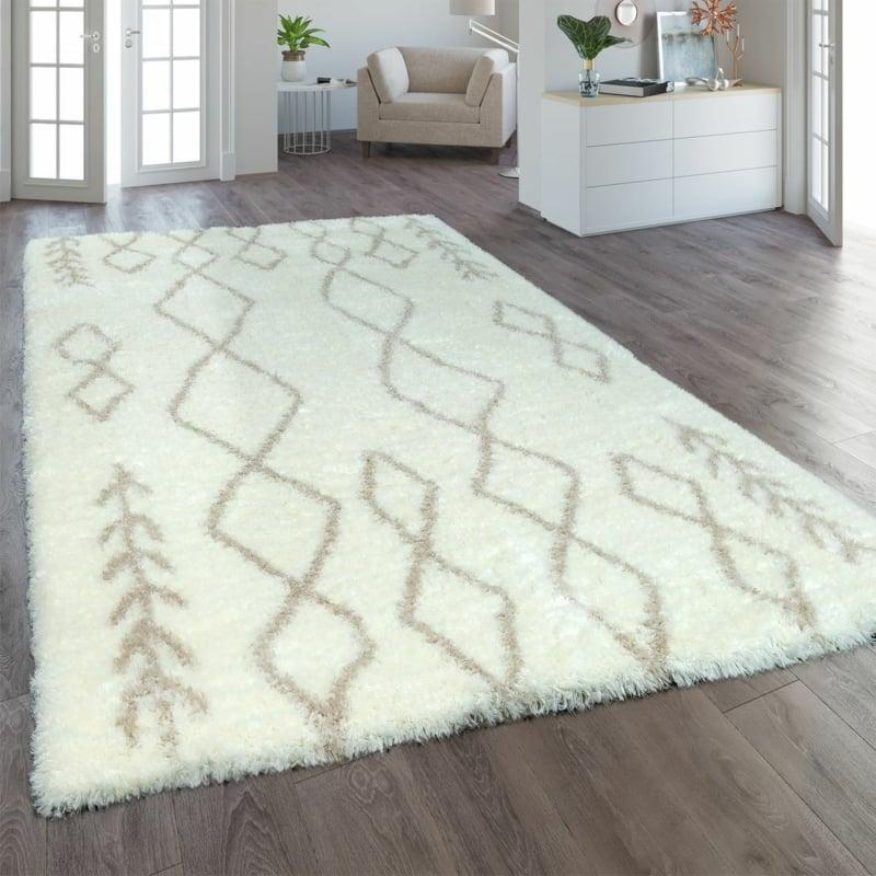 flauschiger Teppich in Weiß