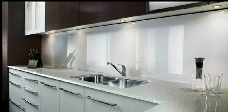 Küchenrückwand weiß Glas elegant