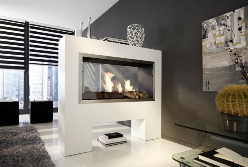moderne Feuerstelle Stehkamin