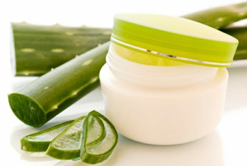 Naturkosmetik gegen unreine Haut mit Aloe Vera