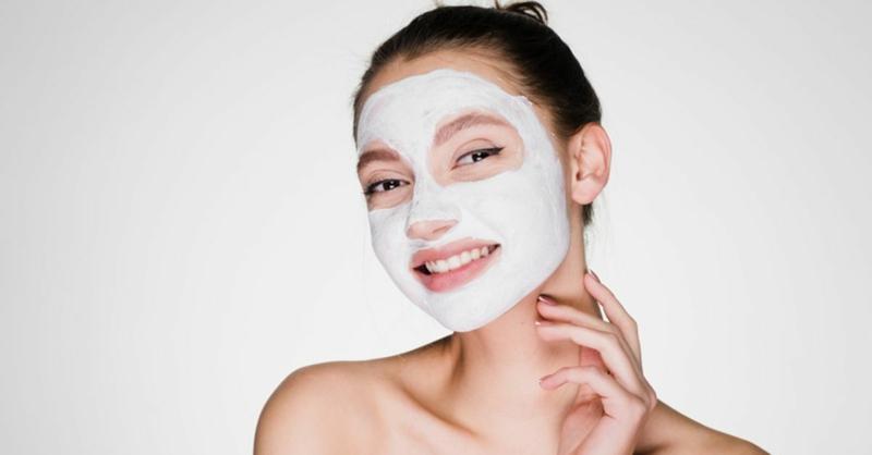 Geschtsmaske bei Hautproblemen
