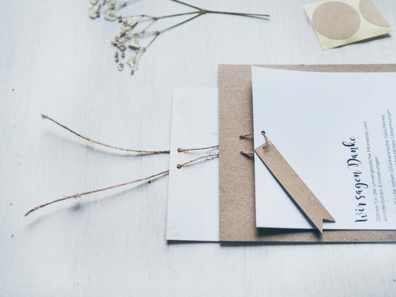 Hochzeitskarten aus Karton selber machen