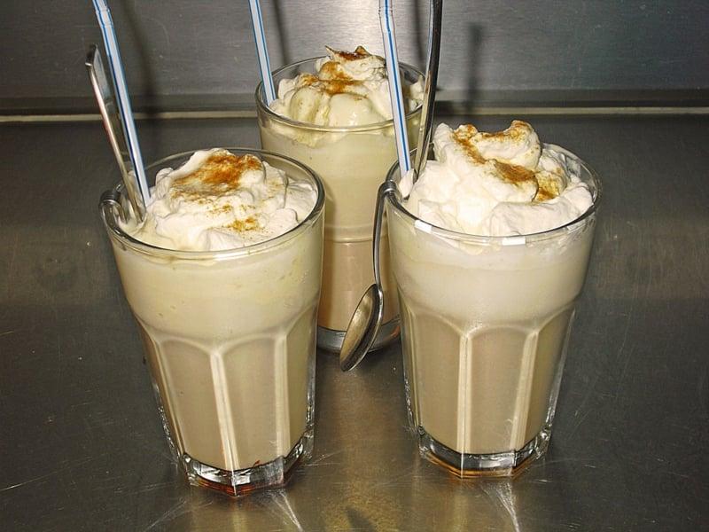 Eiskaffee zubereiten Sommer