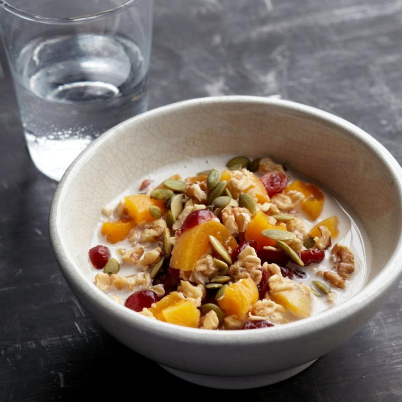 low carb Stevia Rezepte Müsli mit Früchten
