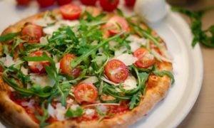 Pizza mit Gorgonzola