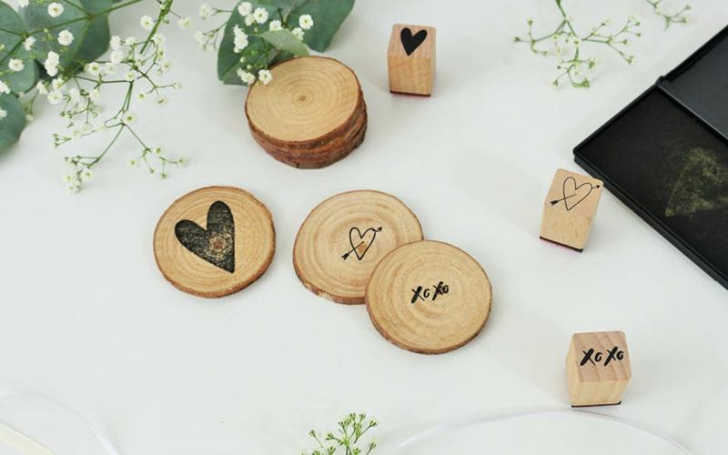 Holzscheiben Stempel Hochzeitskarten