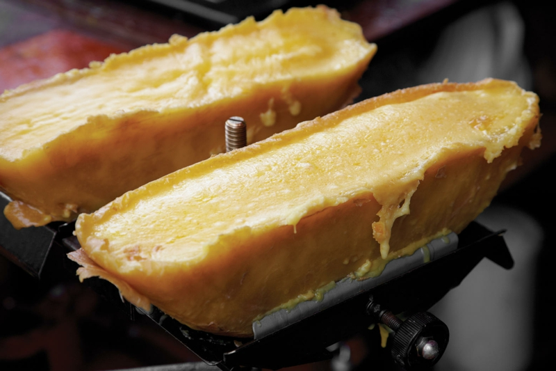 Käse schmelzen lassen