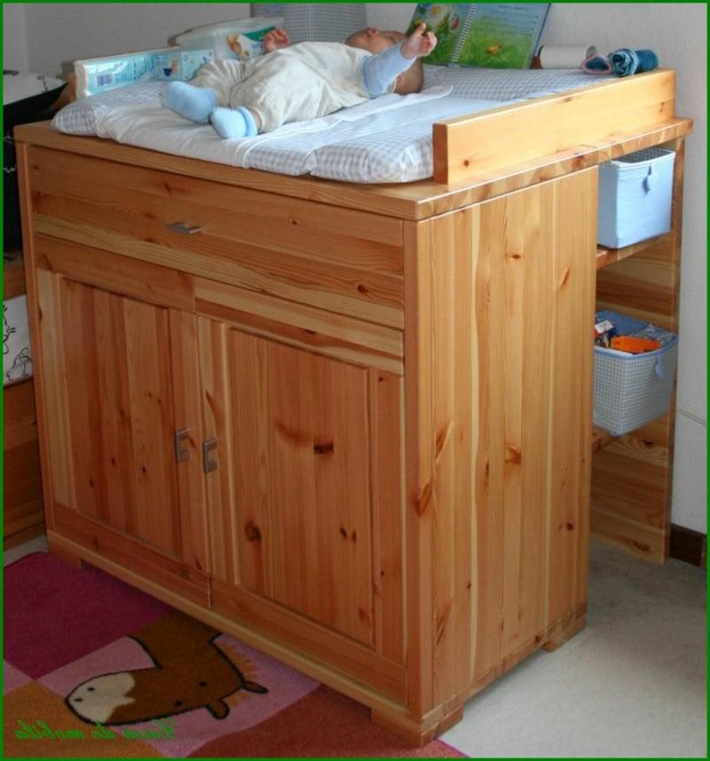 Wickelkommode klassisch Holz Babyzimmer